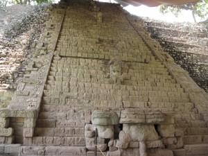 escalinata jeroglifica copan